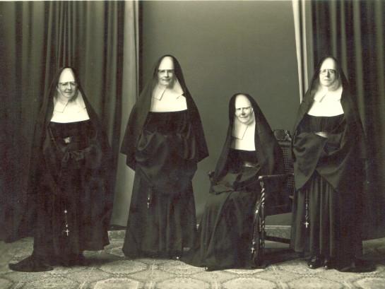 four nuns 001